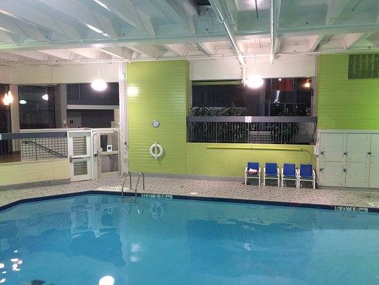 Private lessons pool selection - Swimming pools burlington ontario ...